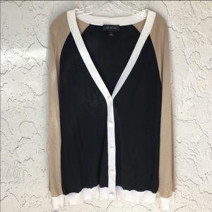 ST. JOHN Long Sleeve Button Down Cardigan Size L